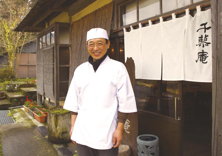「手打ちそば千蓼庵」の店主・岩谷克司さん